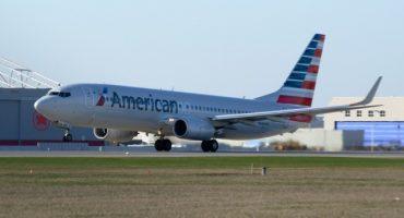 Demandan a American Airlines por discriminar a 4 personas de origen Árabe