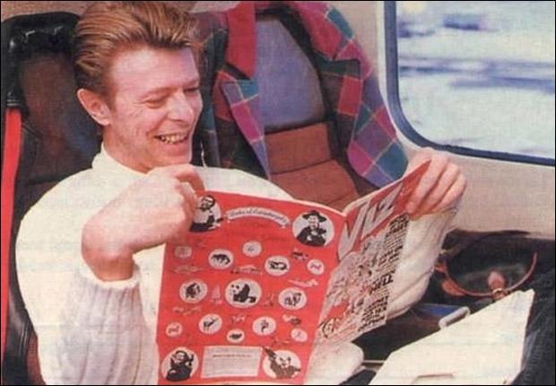 Los 75 libros que alimentaron la creatividad de David Bowie