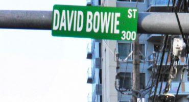 Vandalizan nombre de calle en Texas en honor a David Bowie y lo permiten