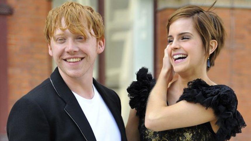 Rupert Grint confiesa que no disfrutó besar a Emma Watson en Harry Potter