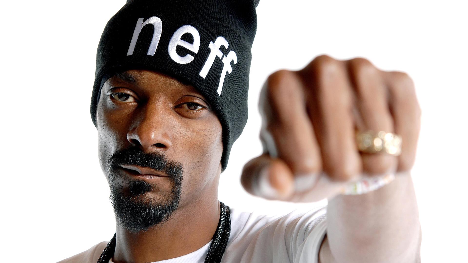 Miles de personas firman petición para que Snoop Dogg narre