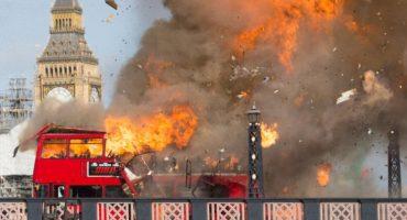 Explosión para película de Jackie Chan crea pánico en Londres