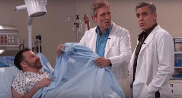 Jimmy Kimmel va al hospital y es atendido por Hugh Laurie y George Clooney