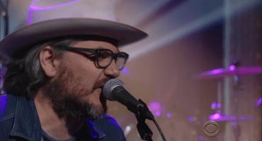 Escucha una presentación en vivo de Wilco y su cover a David Bowie
