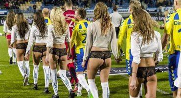 Equipos holandeses cambian niños por mujeres en ropa interior
