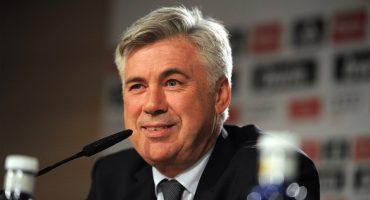 Carlo Ancelotti es el nuevo técnico del Napoli y Sarri se apunta para dirigir al Chelsea