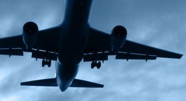 Estos son oscuros secretos que las aerolíneas no les cuentan