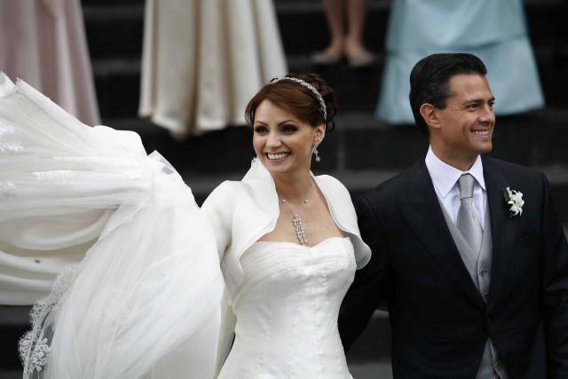 Resultado de imagen para angelica rivera boda pena nieto