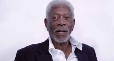 Morgan Freeman interpreta 'Love Yourself' de Justin Bieber ¡y es maravilloso!