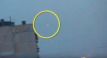 Captan en video a un OVNI volando sobre la ciudad natal de Vladimir Putin