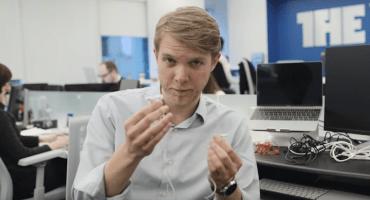 Video nos enseña cómo guardar los audífonos de forma práctica y sencilla