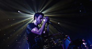 Escucha las nuevas canciones de M83, Yeasayer, Disclosure y más