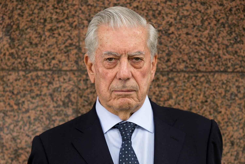 5 libros para entrarle al mundo de Mario Vargas Llosa