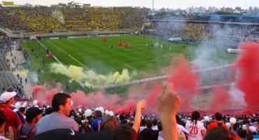 Aficionados de Peñarol asesinan a uno de Nacional