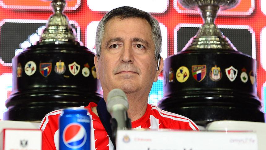 Jorge Vergara explota contra Televisa por cambios de horario