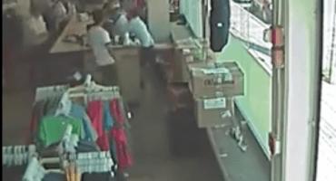Hombre recibe dos disparos tras intentar frustrar asalto en una tienda en Toluca