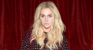 Kesha asegura que disquera le ofreció su