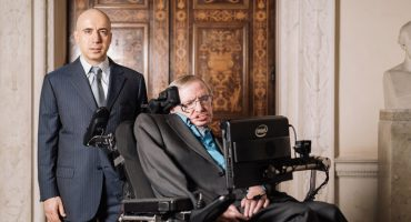 Starshot, el ambicioso plan de Stephen Hawking para alcanzar Alpha Centauri