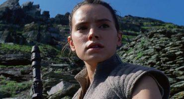 Daisy Ridley muestra su entrenamiento con el sable láser para la siguiente película de Star Wars