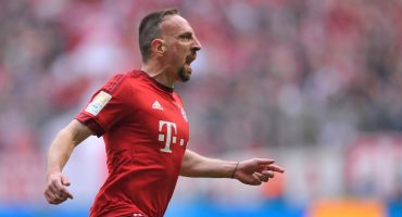Tienen que ver el gol de chilena de Ribery contra el Eintracht