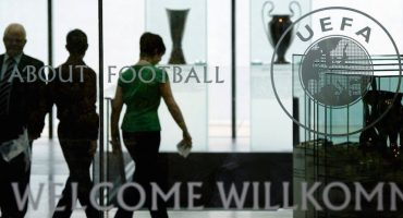 Catean instalaciones de la UEFA después del escándalo #PanamaPapers