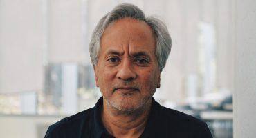 Graffiti, protesta, espacio público y selfie sticks: una conversación con Anish Kapoor