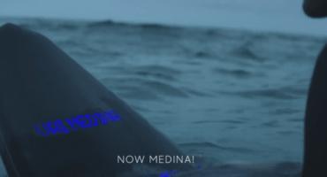 Samsung crea una tabla de surf inteligente porque claro que sí