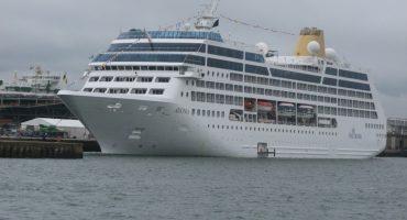 50 años en el proceso: Zarpa el primer crucero de Estados Unidos a Cuba