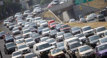 ¿Cuántas horas perdemos los capitalinos en el tráfico en un año?