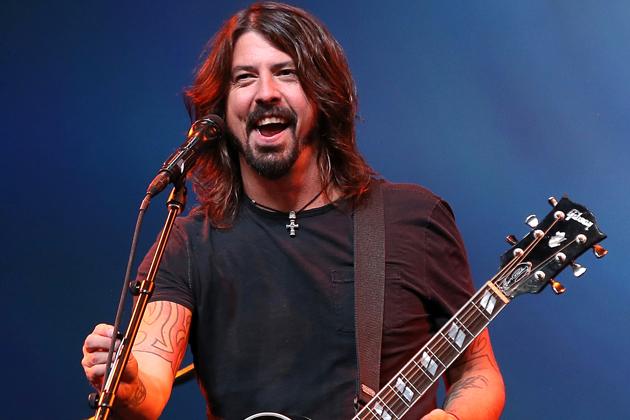 Fan de Foo Fighters quiere... ¿comprar a Dave Grohl?