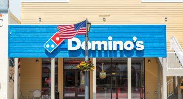 Empleados de Domino's le salvan la vida a una persona