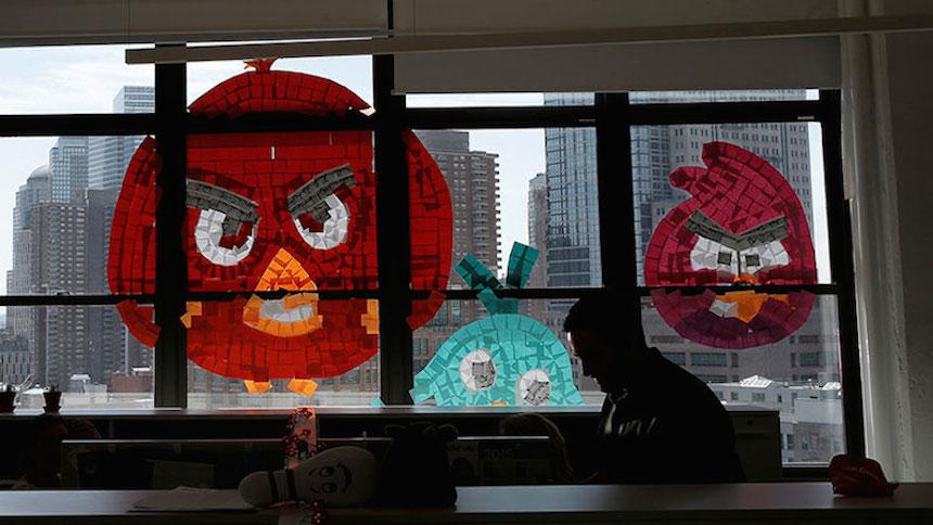 Godínez inician una épica batalla de post-its en Nueva York