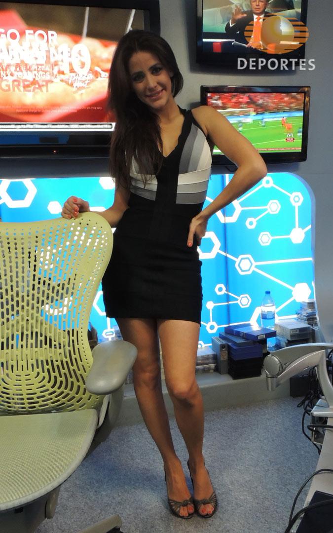 Chica guapa lindas piernas metro linea dorada 12 mx - 1 9