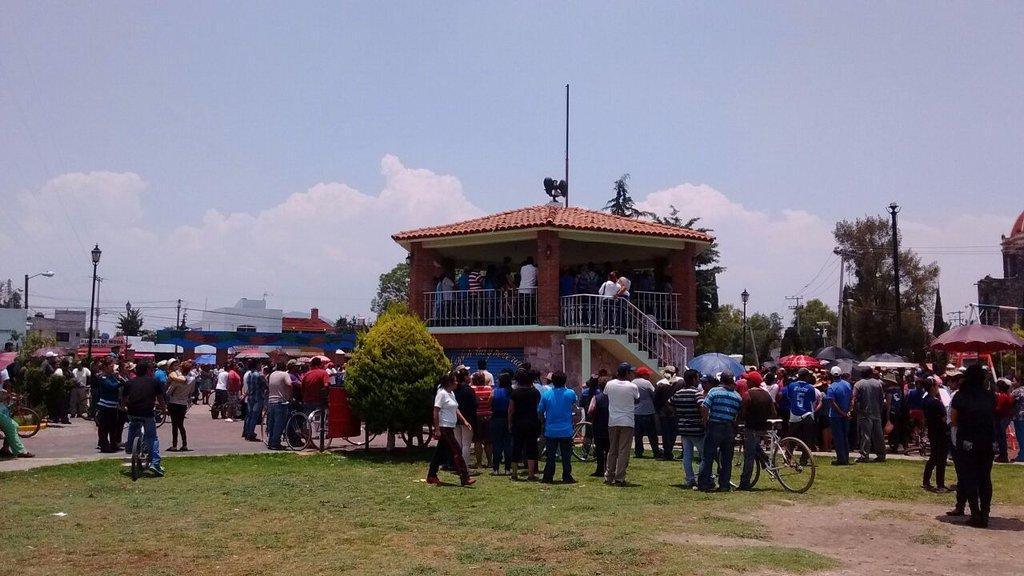 Linchan a tres presuntos delincuentes en Teotihuacán