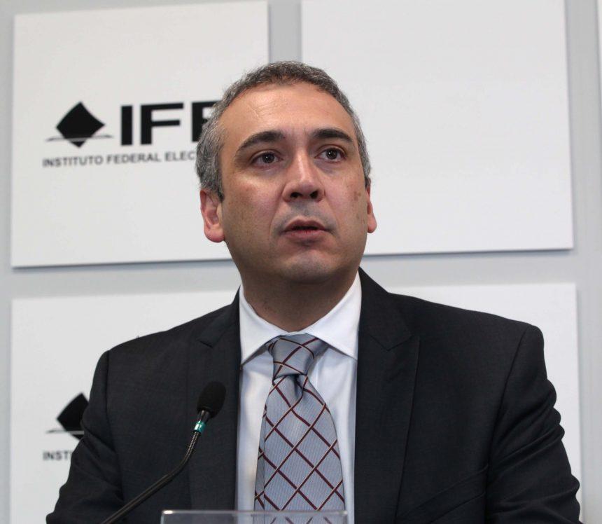 Surge escándalo y chisme en el Instituto Nacional Electoral; cesan a vocero nacional