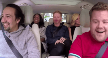 Chequen el carpool karaoke de James Corden en Broadway