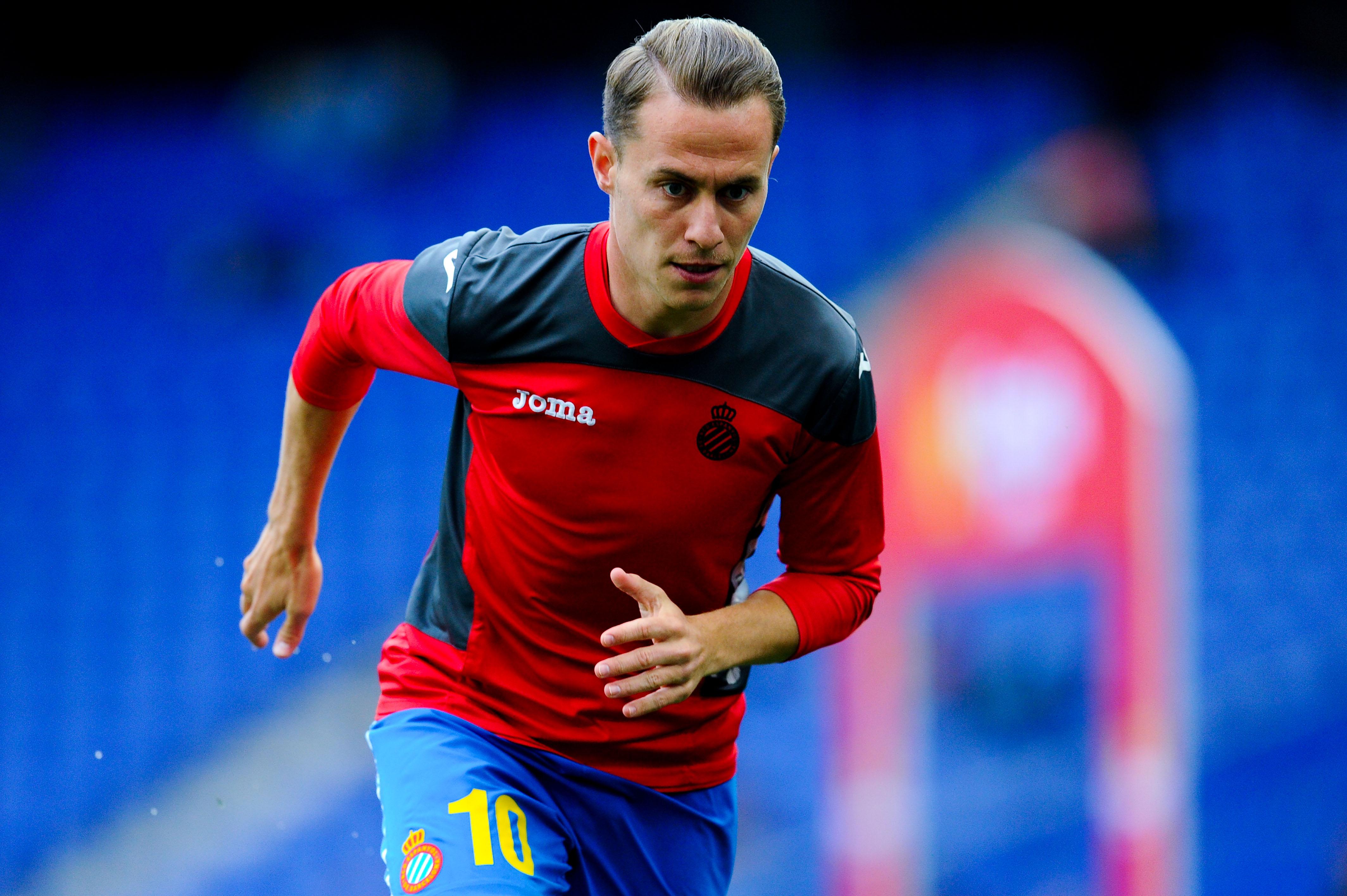 Pumas ficha al mediocampista español Abraham González