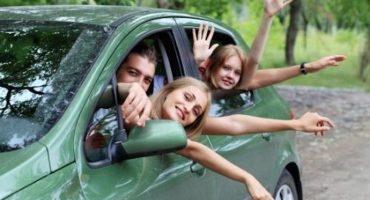 Autos con más de tres adultos podrían circular diario