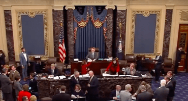 El Senado de Estados Unidos rechaza leyes para el control de armas