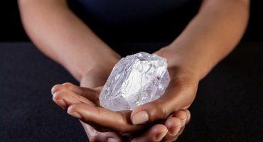 Es el diamante más grande de los últimos 100 años, pero nadie lo quiere