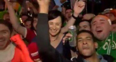 Aficionados de Irlanda enseñan a qué se va a una Eurocopa