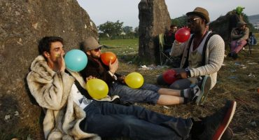 El gas de la risa: Una vieja droga que nuevamente está de moda