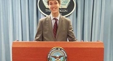 Esta es la vida que está teniendo el muchacho que hackeó el Pentágono