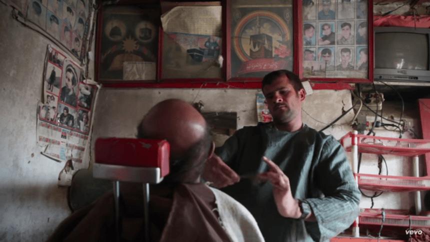 Checa el nuevo video de PJ Harvey y su viaje por Afganistán