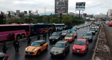 Caos vial en Santa Fe: Policía no dejaba pasar a maestros de la CNTE