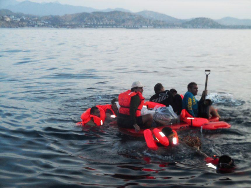 Mueren 11 niños después de que dos botes naufragaran en Rusia