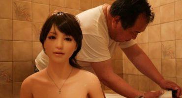 Conozcan al japonés que cambió a su esposa por una muñeca sexual