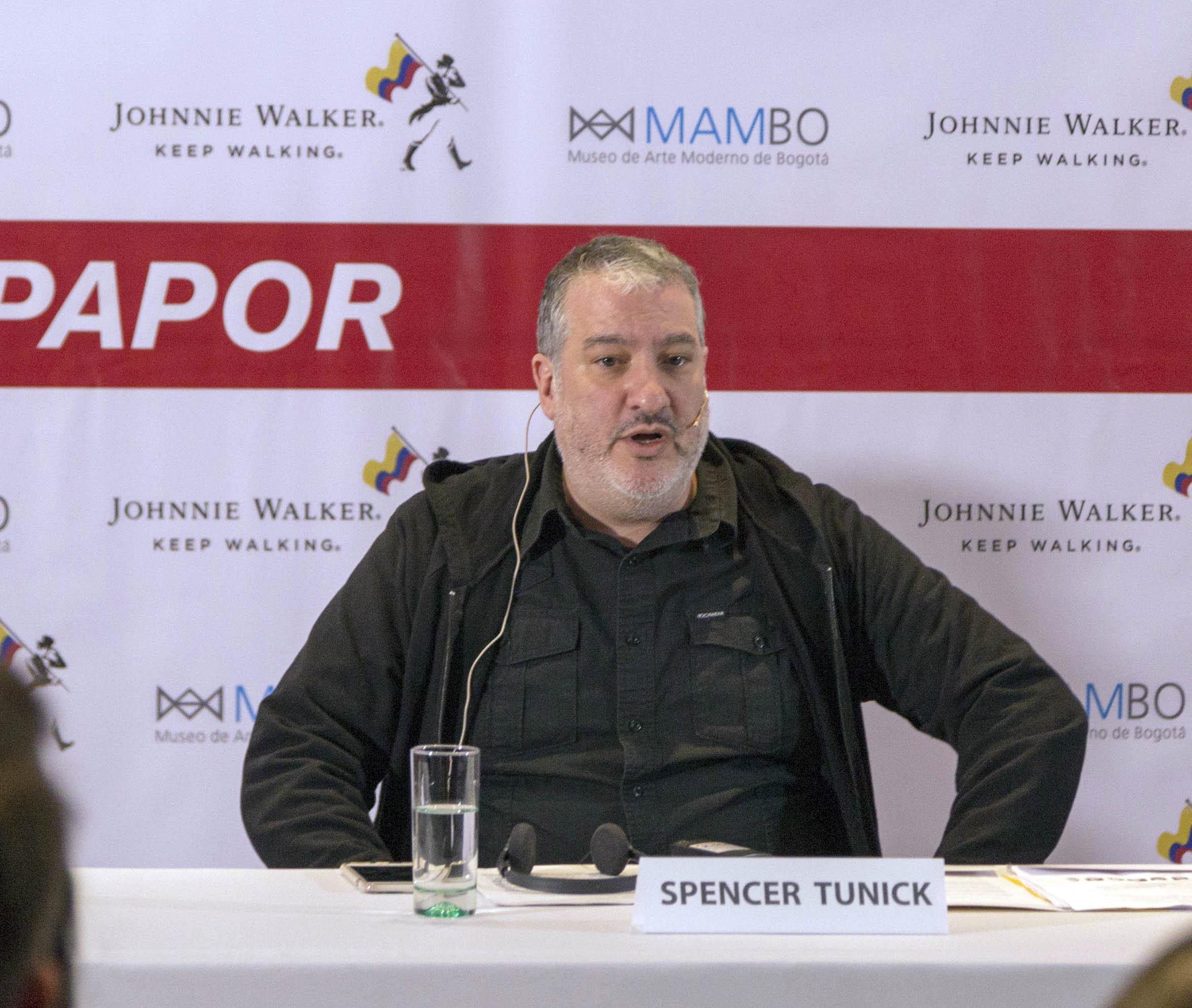 Spencer Tunick desnuda a Colombia