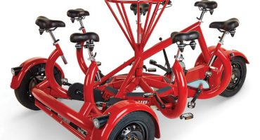 De éstos para las ciclovías... conozcan el triciclo para ¡siete personas!