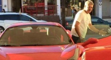 Lean la carta abierta dirigida hacia el 'Tuca' Ferretti, luego del incidente del Ferrari